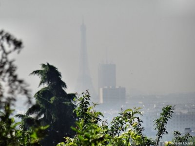 Paris Tour-Eiffel - pollution quotidienne