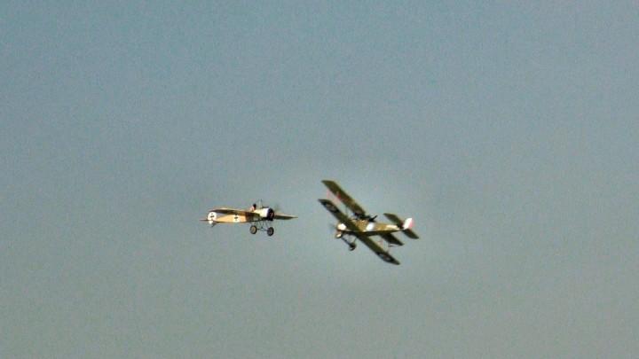 Centenaire de la Grande-Guerre : simulation de combat aérien