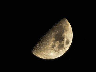 Photographier la Lune avec un compact