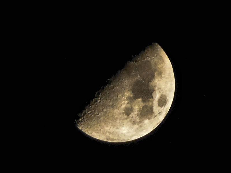 La Lune entre le 22 et le 25 octobre 2012