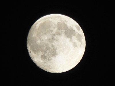 La Lune le 30 juin 2015
