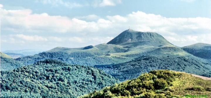 Le Puy de Dôme vu du Nord