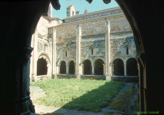Carennac (Lot) : le jardin du cloître en 1970