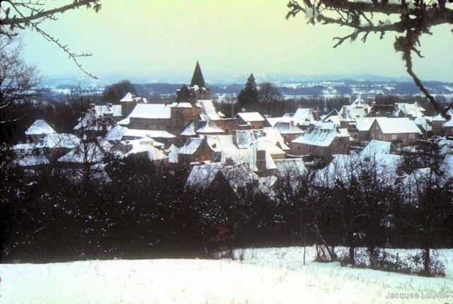 Carennac (Lot)  : vue générale en hiver 1971