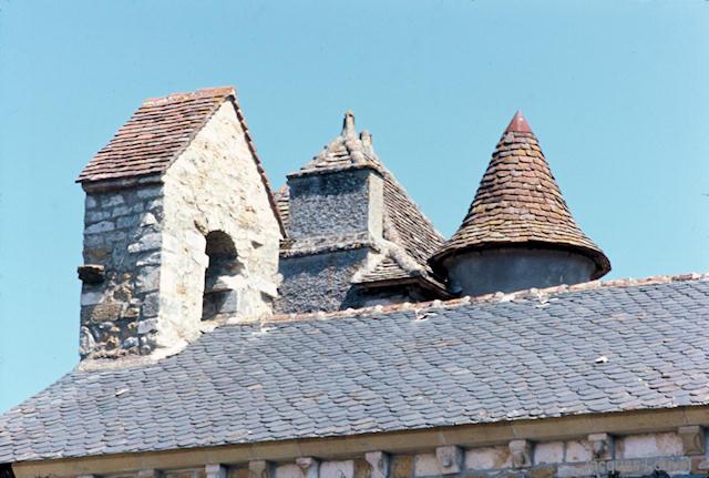 Carennac (Lot) : le toit de l'église St-Pierre