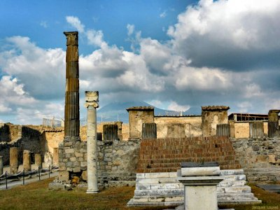 Photo des ruines du temple d'Apollon